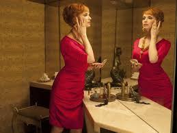 Joan Holloway (později Harris) (Christina Hendricks)