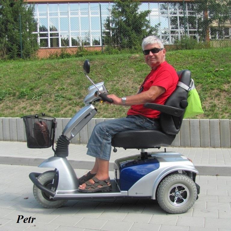 Víte, co jsou elektrické skútry pro seniory a tělesně handicapované?